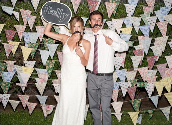 fun-wedding-photo-booth