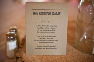 kissing-game-blue-bird-creative