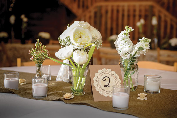 barn-wedding-centerpieces